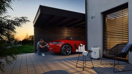 Porsche - White Edition car care range