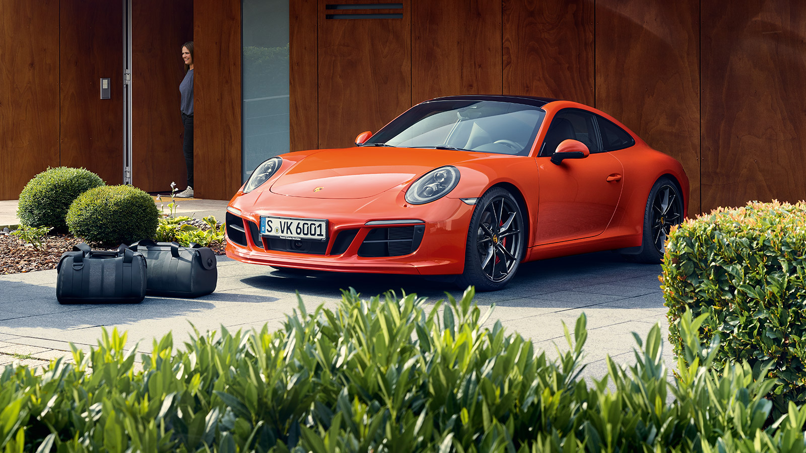 Porsche - Range of genuine accessories cont.